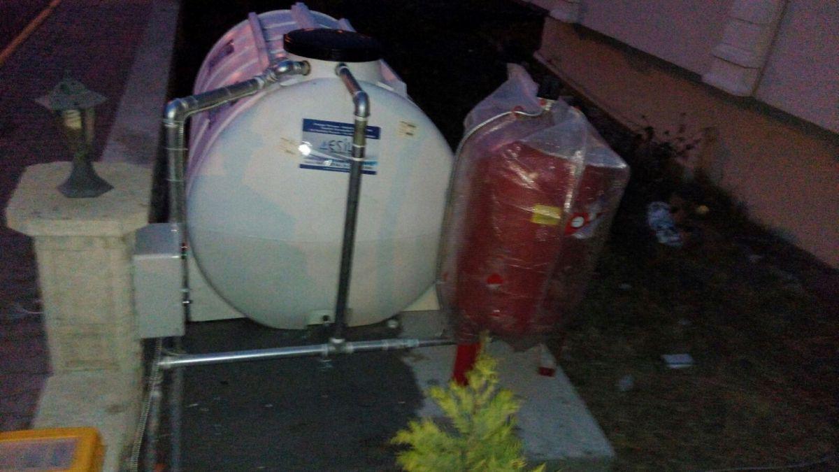 Dalgıç Pompa Kurulumu-depo-ici-sessiz-dalgic-hidrafor-tesisati
