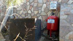 Dalgıç Pompa Kurulumu-derin-kuyu-dalgic-pompasinin-hidrafor-tanki-ve-kumanda-panosu